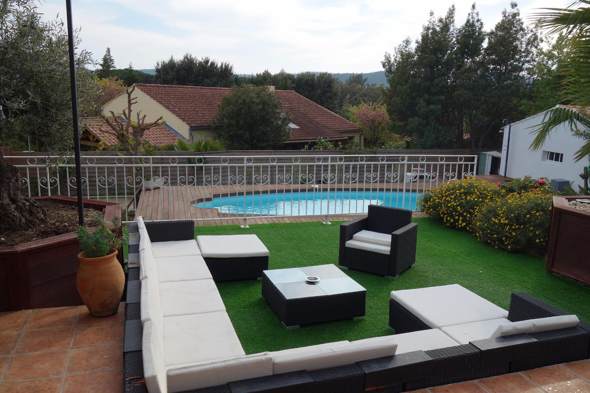 Offres locations vacances maison 4 pieces de 85 m avec for Piscine 85